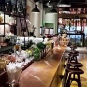 layla-bar-hcmc